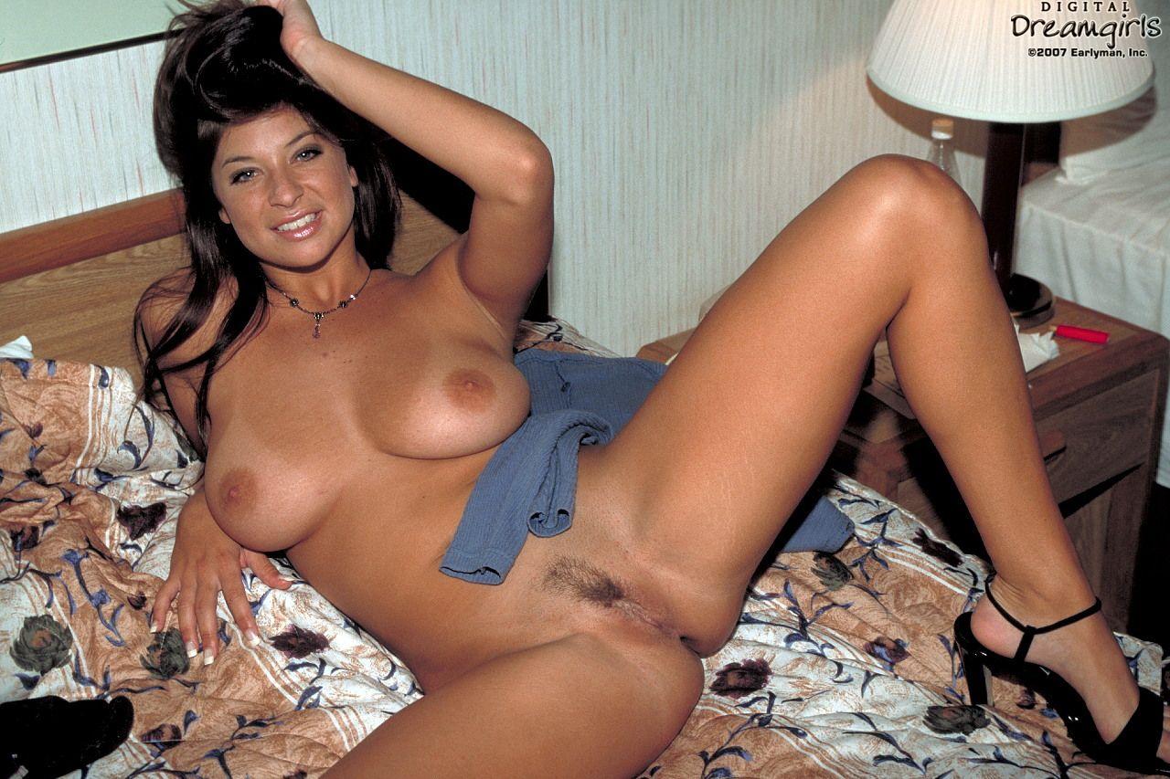 Смотреть онлайн бесплатно фото сексуальных зрелых женщин 23 фотография