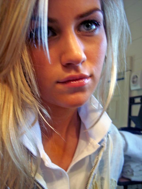 Частные любительские фото красивых девушек