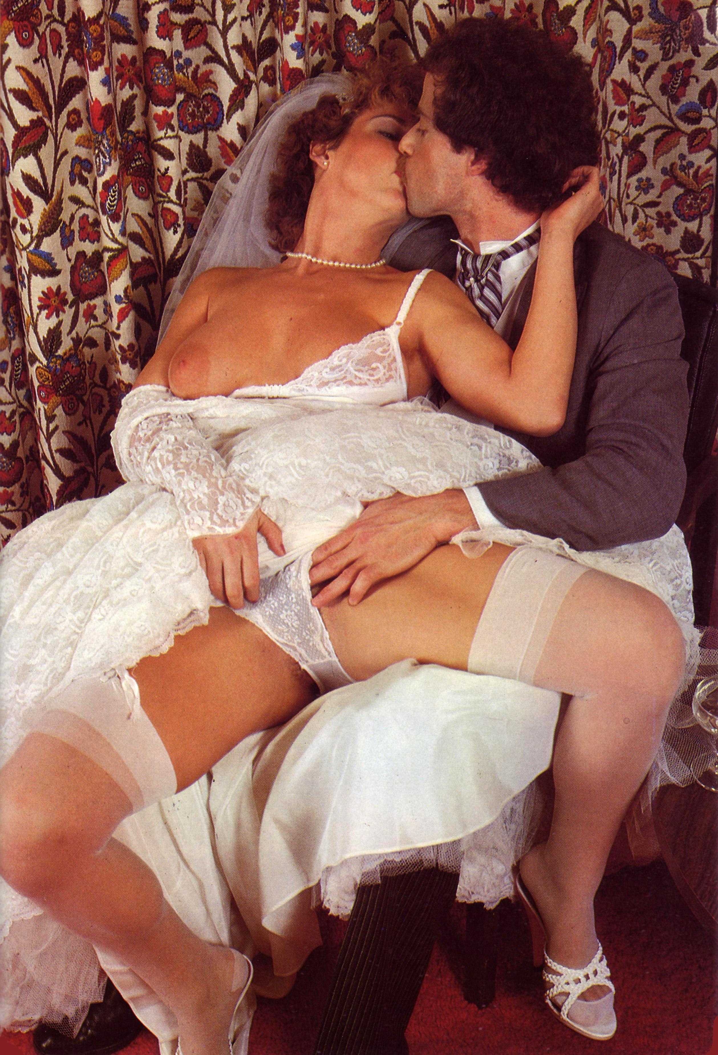 erotika-vintazh-nevesti