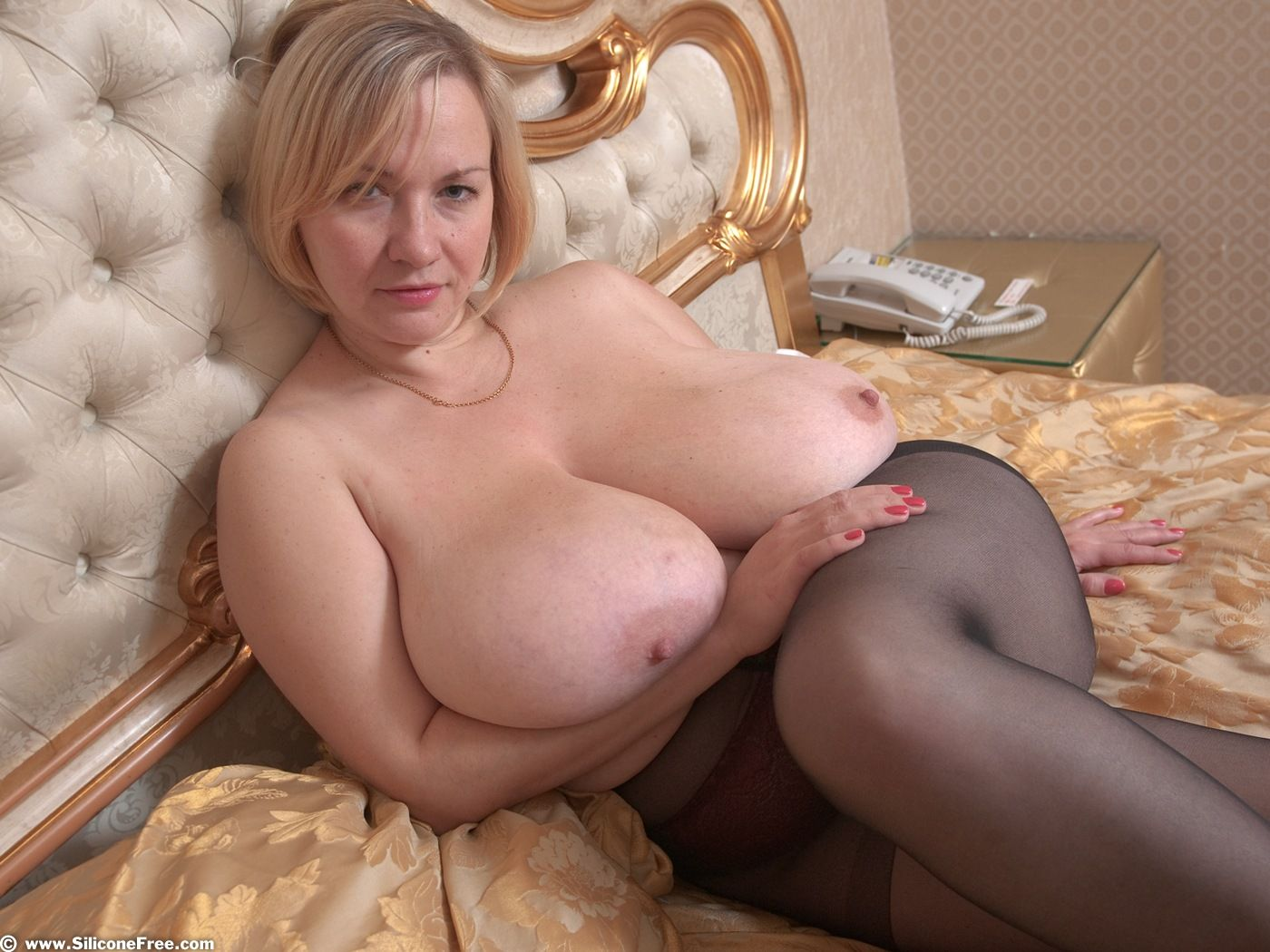 Фото зрелые с большими титьками, Зрелые женщины с большой грудью частное порно 9 фотография