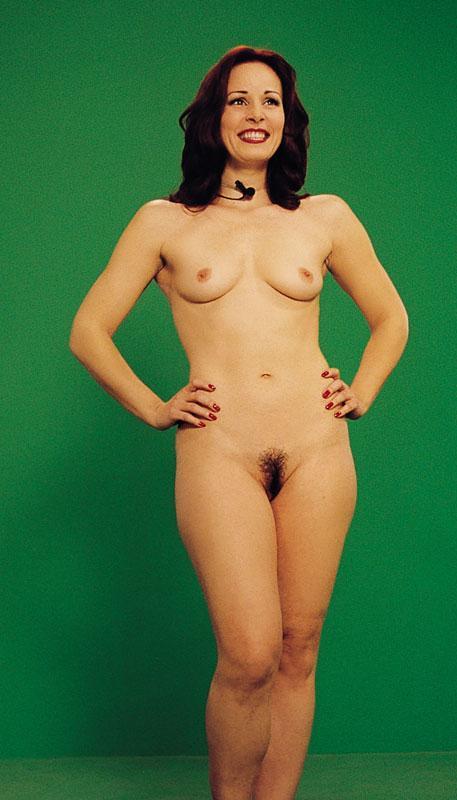 Naked cricket girls