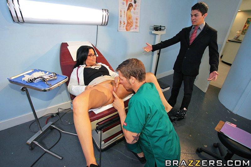 Las doctoras estan calientes [Brazzers - 2° parte]