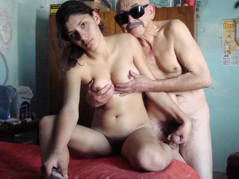 La Santiageña y el Viejo