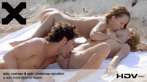Leila, Carmen - Christmas Vacation