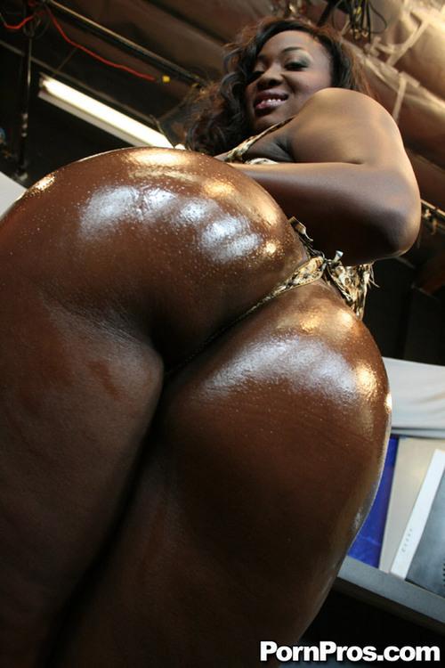 Big booty bbw newbie saya filth gets picked up 1