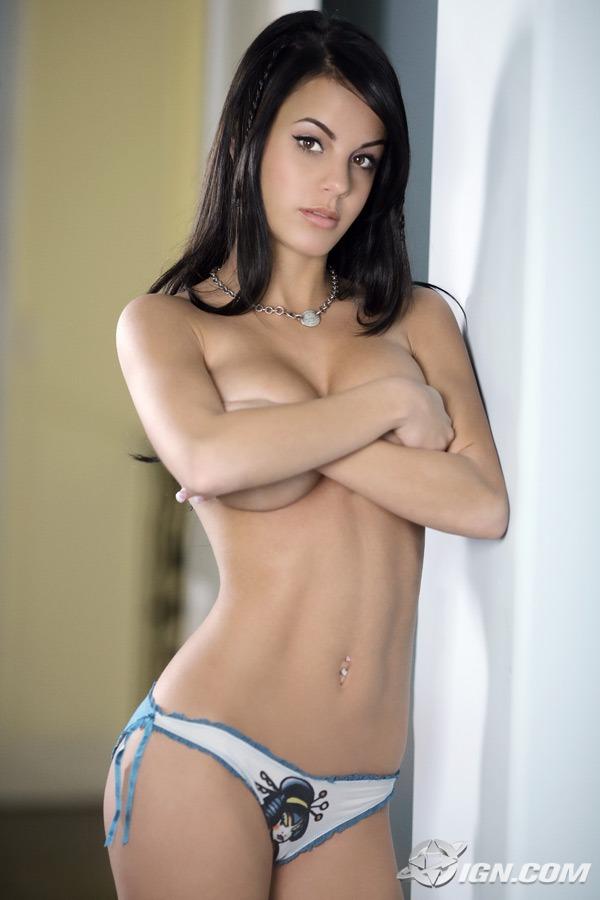 daughter nude self pics