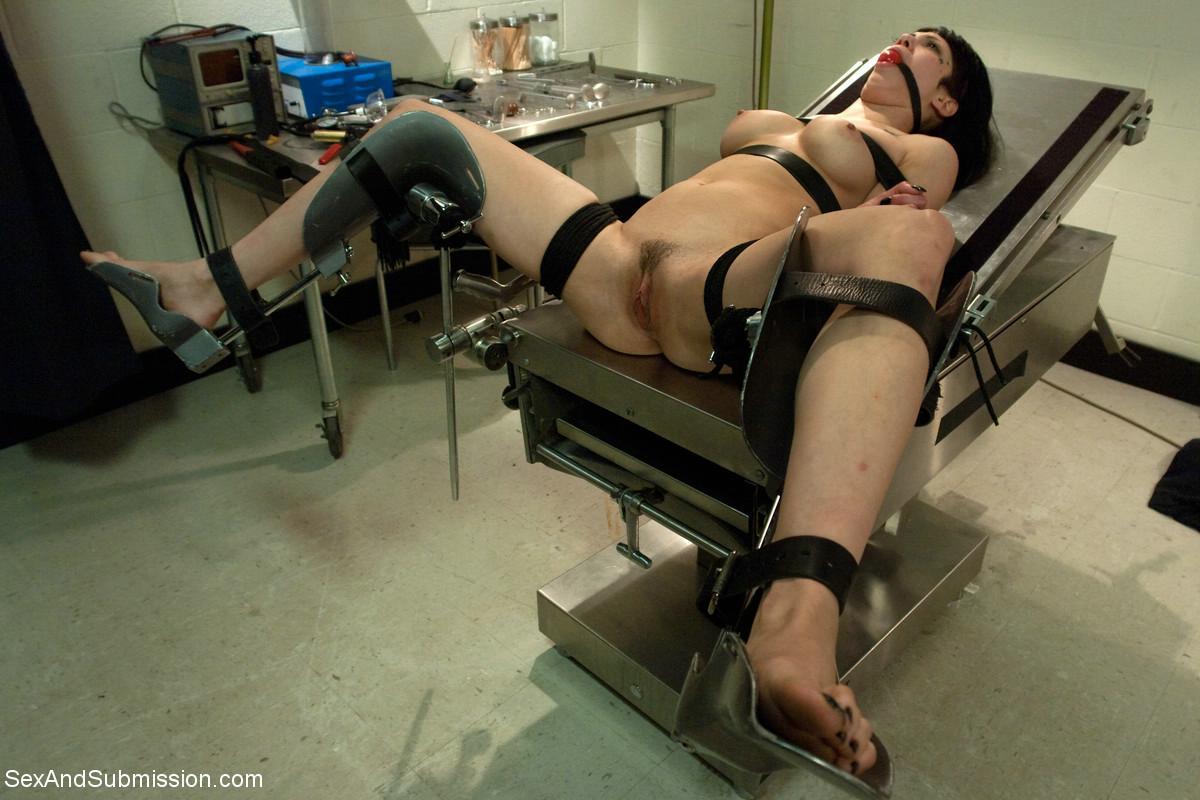 Прислушивалась его страпон прием на работу