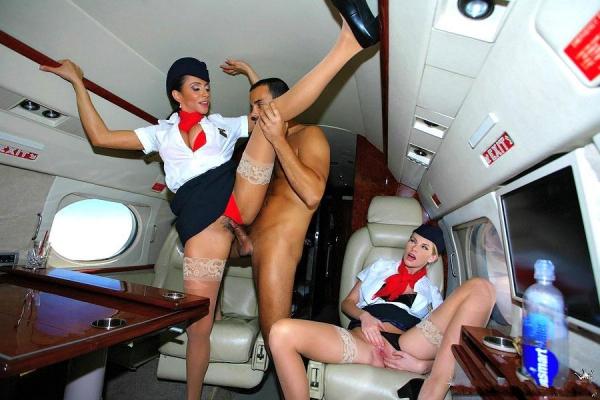 стюардессы ню фото
