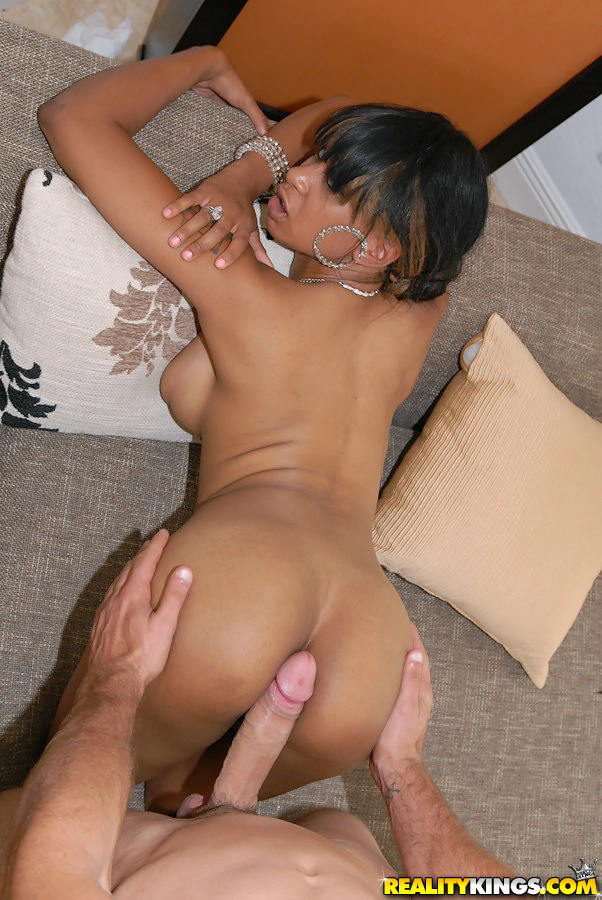 Thre girls blowjob