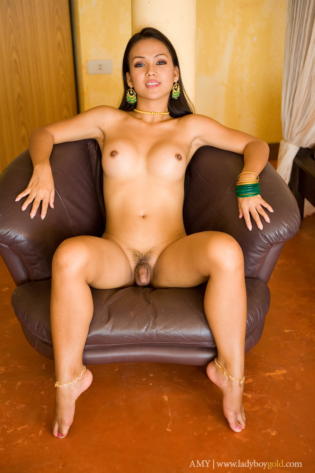 tranny facesit gallery
