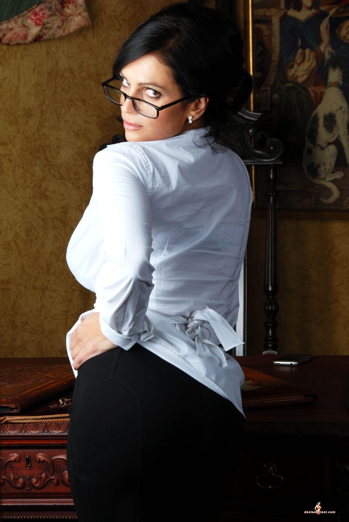 Fotos imperdibles de una secretaria sexy