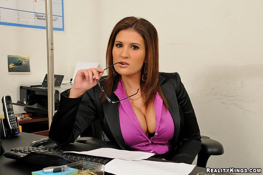 Big tits boss sexy big ass porn